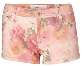 Shortsit Vero Moda Pretty flower - Shortsit ja Caprit - 114312 - 1